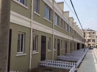 林埭镇联体别墅151平方,送前后大花园,3楼有超大阳光房实用面积230平,有产证