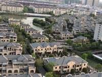 大平层 龙湫湾 吾悦广场北侧 带车位带储藏室 位置好 满2年 782626