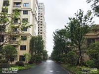 出售中梁一号边套,东湖景区房,小区高端,交通方便,绿化优美