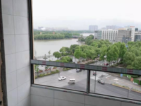急售湖景花苑2室1厅1卫83平米143万住宅