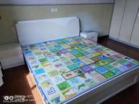 出租梅园西村3室1厅1卫73平米1350元/月住宅