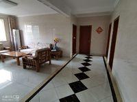 出售其他小区 新仓 3室1厅1卫125平米108万住宅