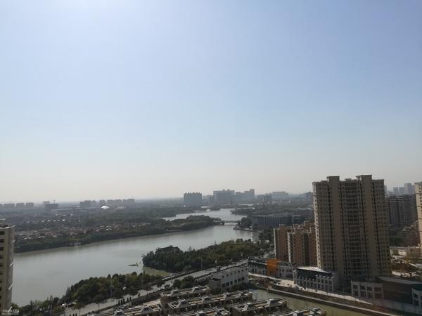 楼王位置,可以无障碍欣赏东湖全景