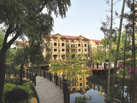 出售金色华庭138.6平方3室2厅2卫满五年唯一套无综合税,售价193.8万