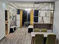 融创海越府 位于时尚中心后面 3房 精装修 设施齐全 可直接拎包入住
