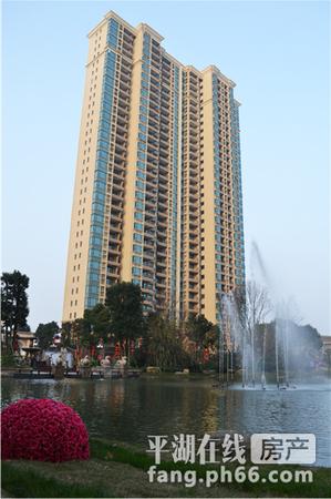 恒大名都 7楼 122平,带车位,三室二卫,精致装修, 满二年 价格225万