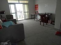 出租阳光嘉苑3室2厅2卫131平米1800元/月住宅