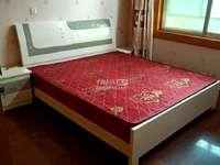 出租永乐里3室2厅2卫125平米1800元/月住宅