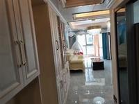 服装城附近,融创 海越府3室2厅2卫89平,豪华装修,4000元/月住宅